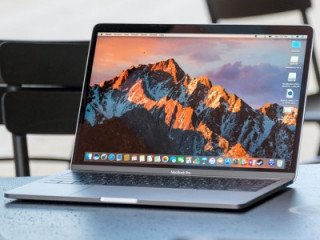 Новый Apple MacBook Pro (2017) сравнили по производительности с предшественником